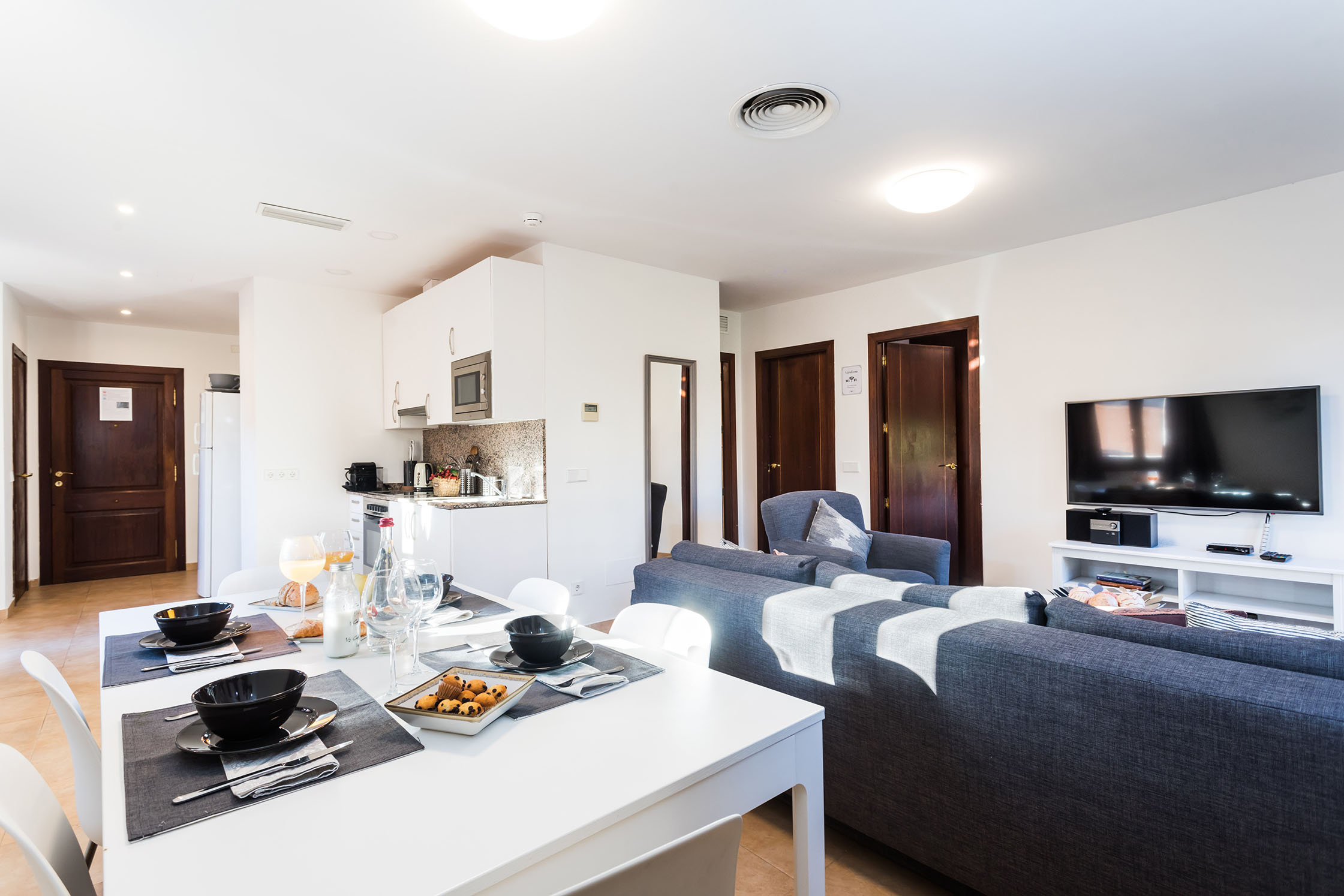 Borne-Suites-Apartamento-Atico-Terraza-Palma-de-Mallorca-Comedor