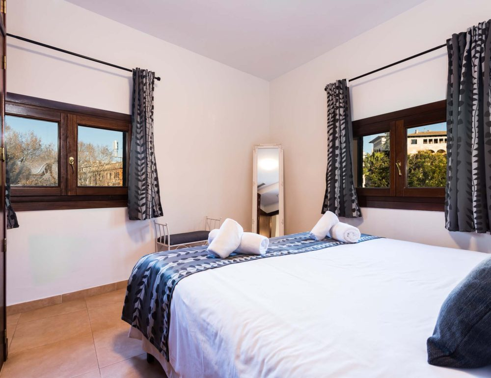 Borne-Suites-Apartamento-Ático-Terraza-Palma-de-Mallorca-Habitación