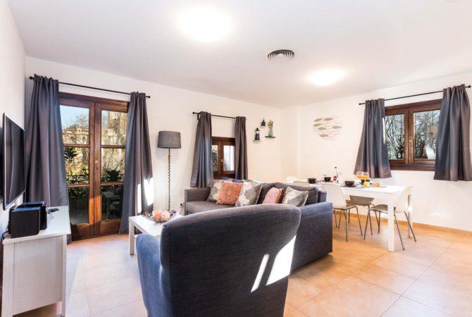 Borne-Suites-Apartamento-Ático-Terraza-Palma-de-Mallorca-Zona-de-Estar-1