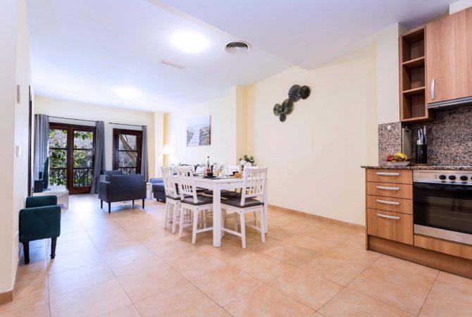 Borne-Suites-Apartamento-Deluxe-Palma-de-Mallorca-Entrada