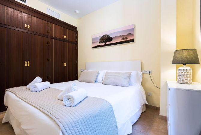 Borne-Suites-Apartamento-Deluxe-Palma-de-Mallorca-Habitación-1-1