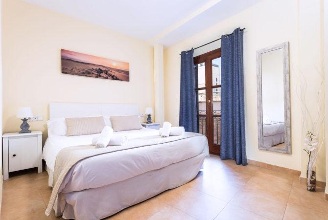 Borne-Suites-Apartamento-Deluxe-Palma-de-Mallorca-Habitación-2