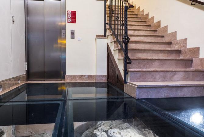 Borne-Suites-Apartamento-Superior-2-Pax-Palma-de-Mallorca-Entrada-Elevador
