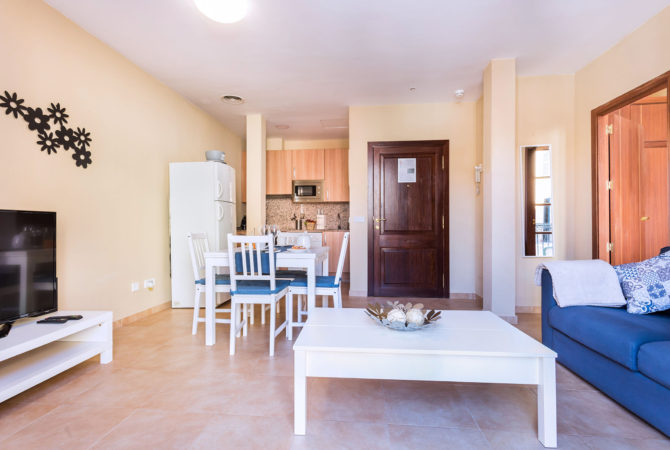 Borne-Suites-Apartamento-Superior-2-Pax-Palma-de-Mallorca-Sala-de-Estar-2