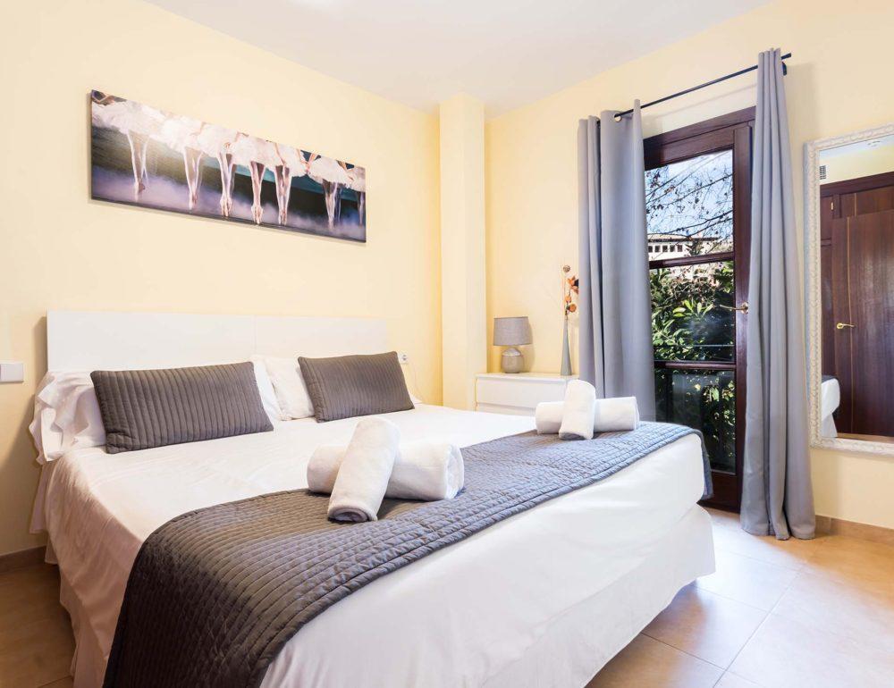 Borne-Suites-Apartamento-con-Terraza-Palma-de-Mallorca-Dormitorio