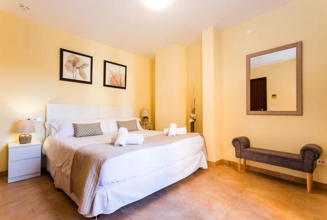 Borne-Suites-Apartamento-con-Terraza-Palma-de-Mallorca-Dormitorio-2-1