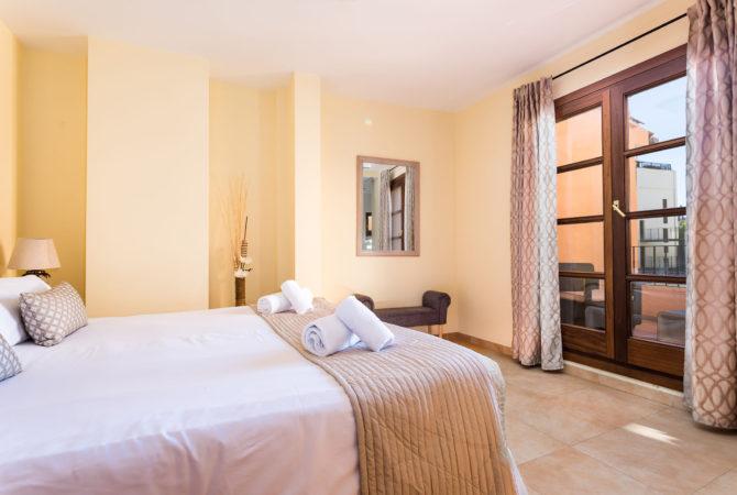 Borne-Suites-Apartamento-con-Terraza-Palma-de-Mallorca-Dormitorio-2