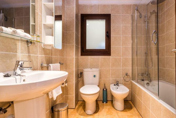 Mallorca-Suites-Apartamento-Deluxe-Palma-de-Mallorca-Baño