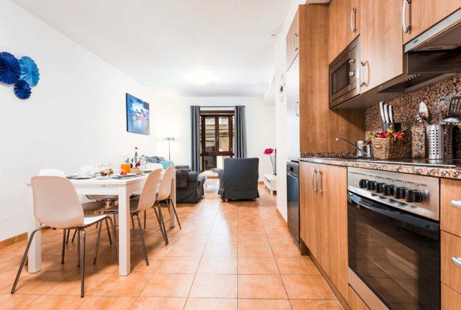 Mallorca-Suites-Apartamento-Deluxe-Palma-de-Mallorca-Cocina-Comedor-1