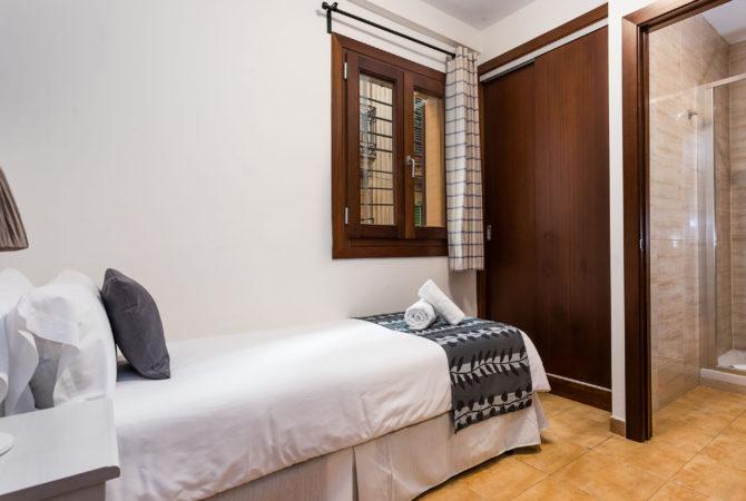 Mallorca-Suites-Apartamento-Deluxe-Palma-de-Mallorca-Habitación-3