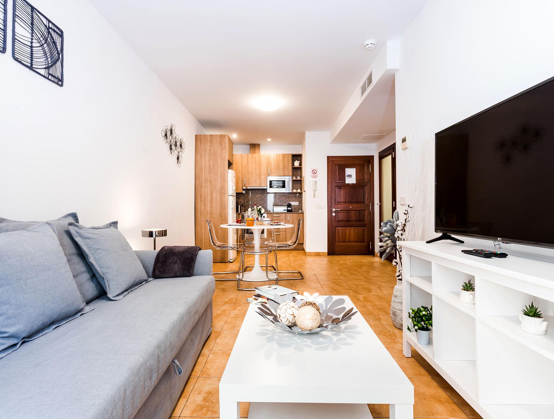Mallorca-Suites-Apartamento-Superior-Alquiler-Palma-de-Mallorca-Salón