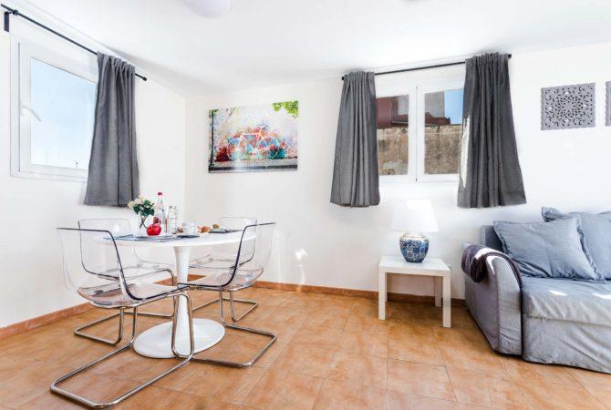 Mallorca-Suites-Apartamento-Superior-Terraza-Alquiler-Palma-de-Mallorca-Comedor