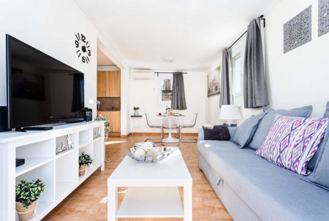 Mallorca-Suites-Apartamento-Superior-Terraza-Alquiler-Palma-de-Mallorca-Zona-de-estar-1
